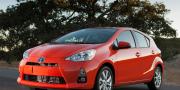 Фото Toyota Prius C 2012