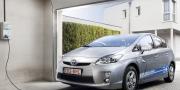 Фото Toyota Prius Plug In Hybrid 2010