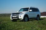 Тест-драйв Mitsubishi Pajero 3.0: зачем нужны дороги?