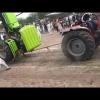 Авария при перетягивании каната на тракторах