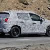 Новый 2013 Peugeot 2008 проходит испытания.