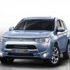 Mitsubishi представил серийную версию своего Outlander Plug-in Hybrid в Париже