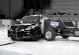 Краш-тест Nissan Versa по стандарту IIHS