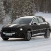 Mercedes-Benz вывел на прогулку малыша GLA, чтобы поиграть в снежки