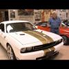Джей Лено тестирует Dodge Challenger SRT8