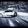 Lamborghini Gallardo LP560 доказывает свою ценность на снегу