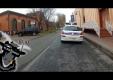 Смемка французских полицийских в Париже квадролетом