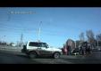 Мотоциклист в Иркутске чудом остался живым после ДТП