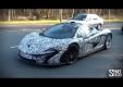 Пассажир Ferrari 458 Spider снимает на видео McLaren P1 движении
