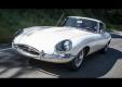 Джей Лено красуется в белом Jaguar с пол вековой историей