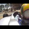 Полностью электрический автомобиль Формулы E на улицах Лос-Анджелеса
