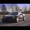 Черный Alfa Romeo 4C на треке с драматической фоновой музыкой