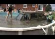 Канадцы разрушают бассейн с помощью Jeep Cherokee