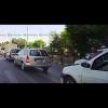 Румынские полицейские чуть не сбили пешехода на переходе