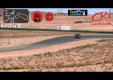Водитель Tesla Model S проезжает трек Willow Springs