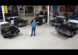 Джей Лено смотрит и показывает новые и старые полицейские машины