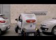 Renault напоминает нам о том их электромобиль Twizy очень практичный
