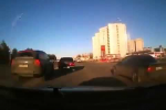 Водитель Porsche Cayenne скрывается с места ДТП