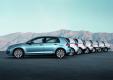 Volkswagen собирает 30 миллионный Golf в Вольфсбурге, 2000 автомобилей Golf продаются каждый день начиная с 1974 года