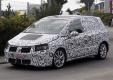 Шпионские фото: Volkswagen завершил новую серию минивэном Golf Plus