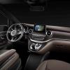 Немецкая марка Mercedes заменит сразу две большие модели