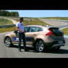 Тест-драйв Volvo V40 Cross Country 2013 в программе Автомобиль