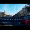 Белорусский мотоциклист падает под свой же мотоцикл