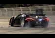 Крис Харрис испытывает новый McLaren Р1 на дорогах Абу-Даби