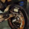 Замена подшипника ступицы и задних тормозных колодок на Рено Логан