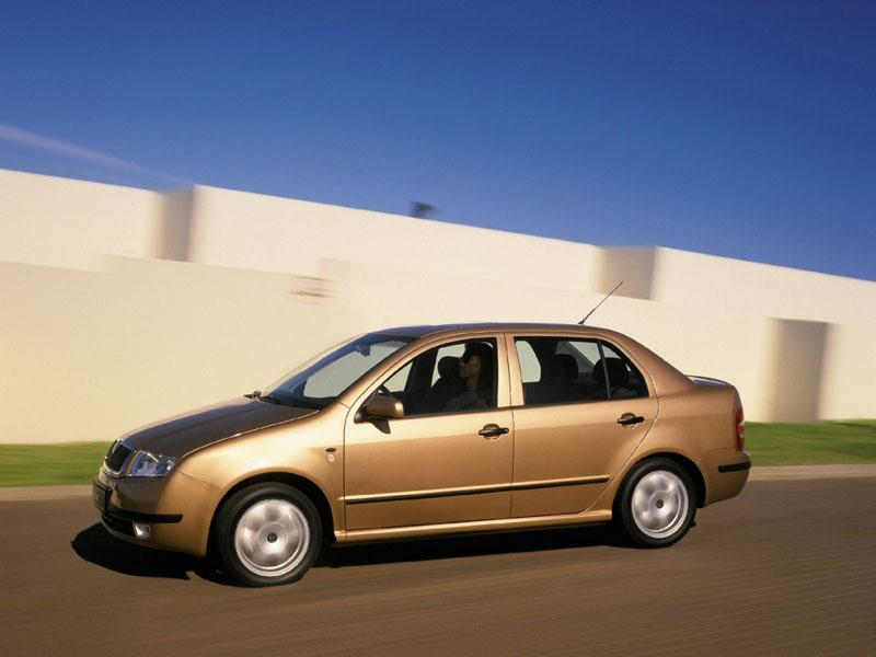 Skoda Fabia Sedan .  Фото…