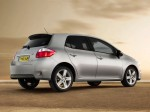 Toyota Auris UK 2010 Photo 01