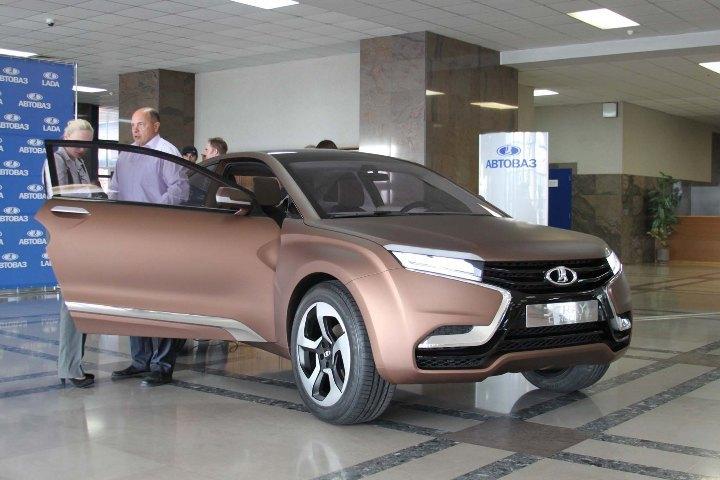 http://horsepowers.ru/wp-content/uploads/2012/09/LADA-XRAY.jpg