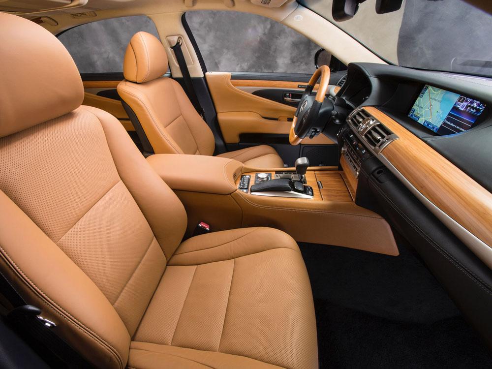Lexus LS 600h L Hybrid.