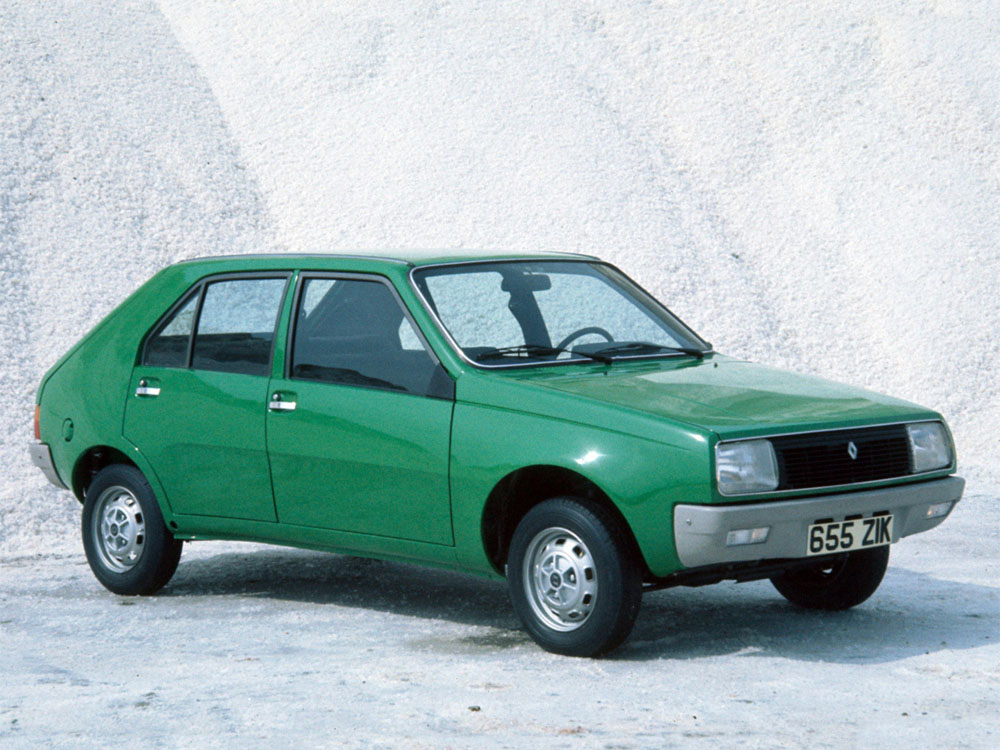 Фотографии автомобилей Renault 14…