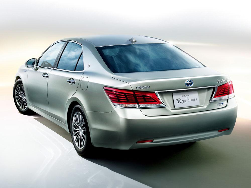Рассекречена Toyota Crown нового пок…
