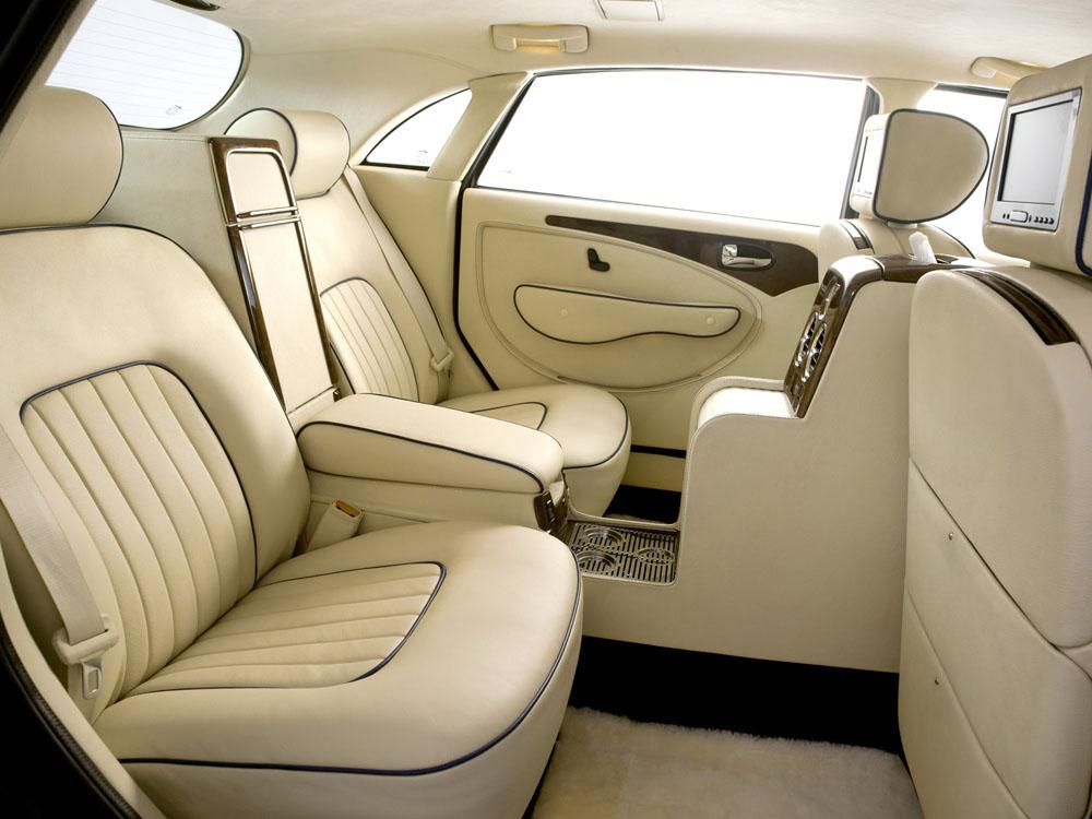 За 25 лет существования фирмы было продано более машин класса «люкс».