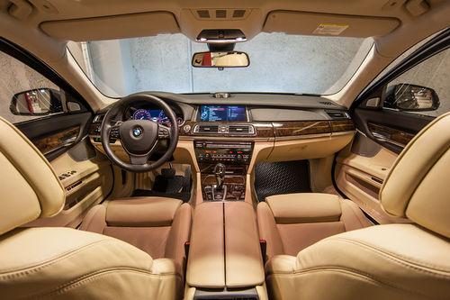 [Изображение: BMW-740-Li-xDrive-6.jpg]