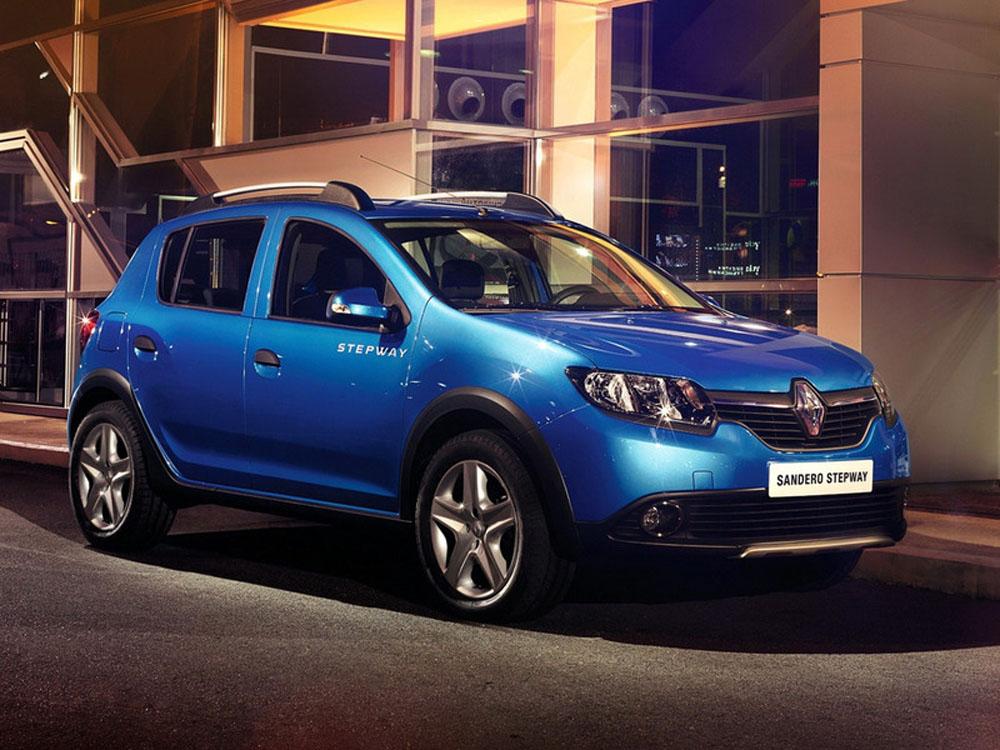 Renault опубликовала фото хэтчбека …