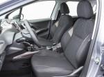 Peugeot 2008-13