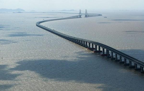 Дунхай мост в Китае