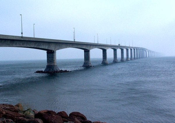 Мост Конфедерации в Канаде