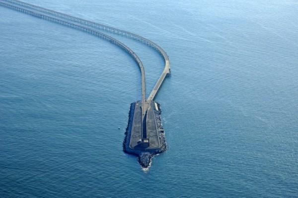 Мост-тоннель через Чесапикский залив в США