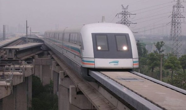 Шанхайский маглев в Китае
