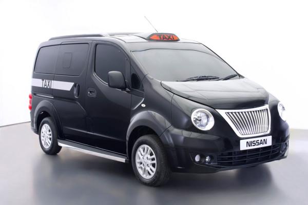 Такси в Лондоне Nissan NV200 2014 Фото 01 Фото 01