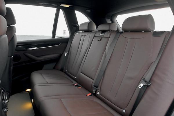 BMW X5-6