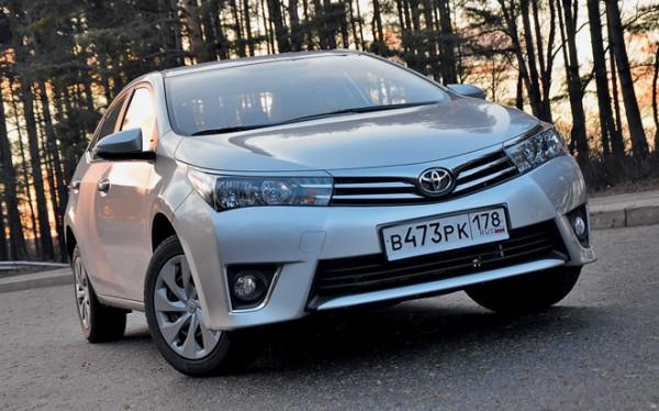 Kia Cerato-Toyota Corolla-Renault Fluence-Ford Focus-Citroen C4 sedan-10