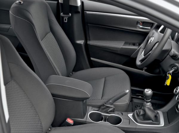 Kia Cerato-Toyota Corolla-Renault Fluence-Ford Focus-Citroen C4 sedan-13