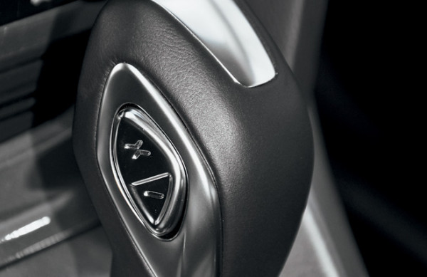 Kia Cerato-Toyota Corolla-Renault Fluence-Ford Focus-Citroen C4 sedan-30