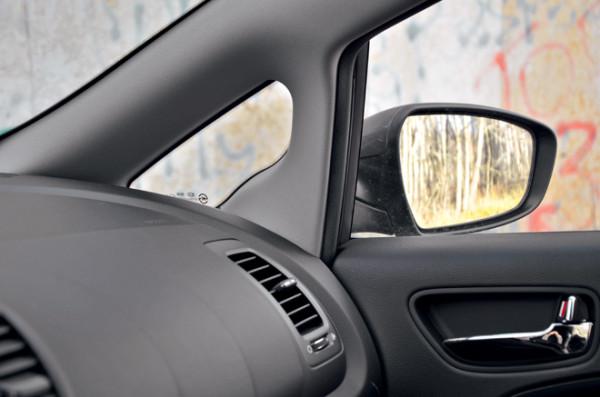Kia Cerato-Toyota Corolla-Renault Fluence-Ford Focus-Citroen C4 sedan-5