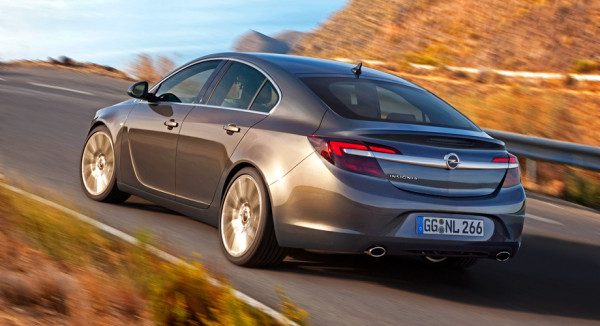 Opel Insignia-11